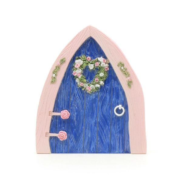 Fairy door with heart wreath