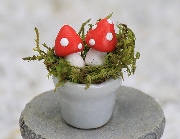 Miniature Mushroom Pot - Red