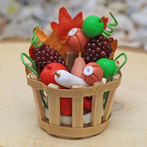 Harvest Basket - Fairy Garden Miniature