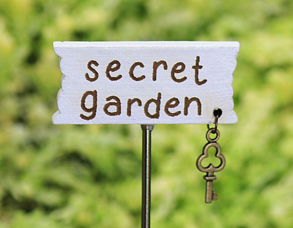 secret garden signs, fairy garden signs, handmade fairy signs, signs for your fairy garden, Design ideen