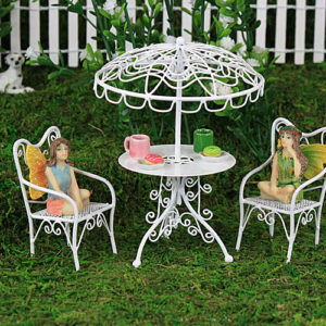White Wire Table, Parasol & Chair Set