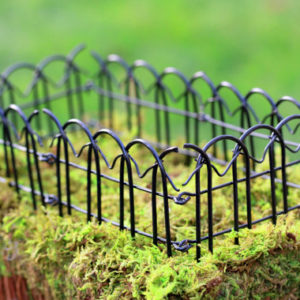 Linked Fencing - Black Wire, Fairy Garden Accessory