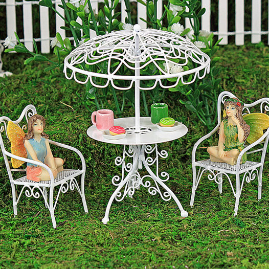 Fairy gardens miniature fairy gardens fairy gardens by for How to make miniature garden furniture