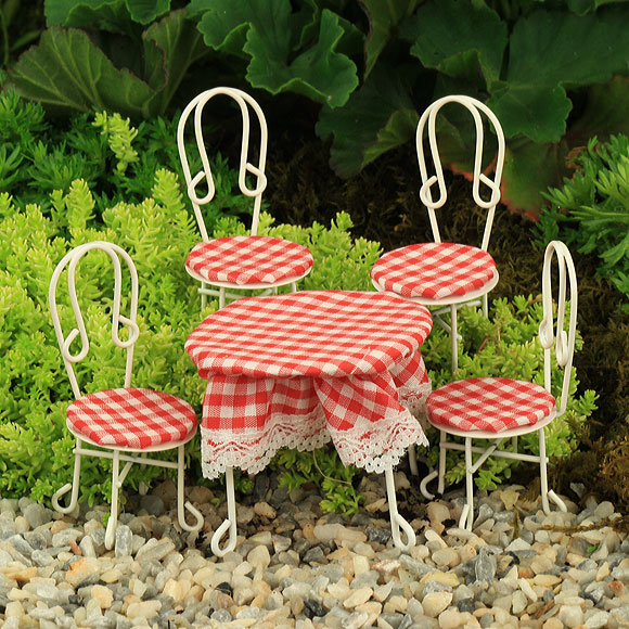 Red Gingham Garden Furniture