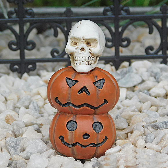 Pumpkin Stack & Skull
