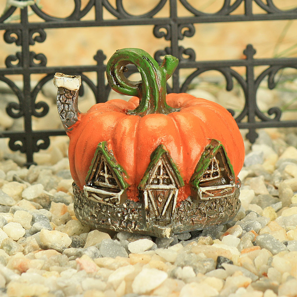 Micro Mini Pumpkin House