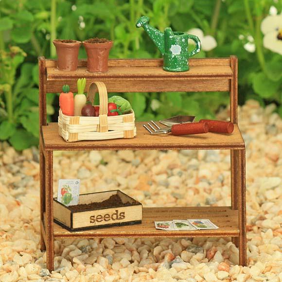 Garden Potting Bench - Vegetable Garden