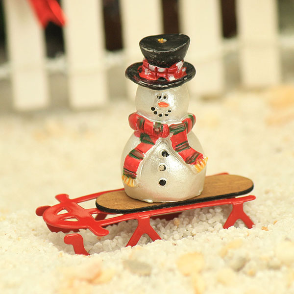 Tiny Red Sled & Snowman