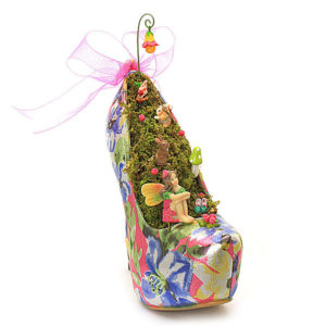 Pink Metallic Shoe Garden