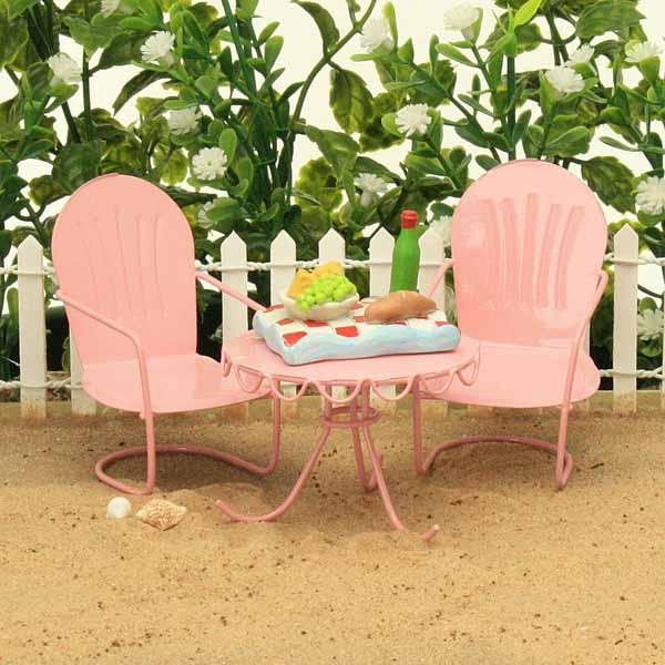 Pink Beach Bistro