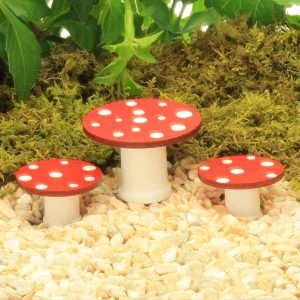 Wooden Toadstool Table & Stools