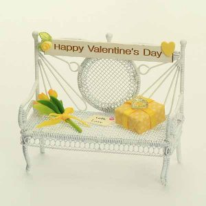 Valentines Bench - Yellow