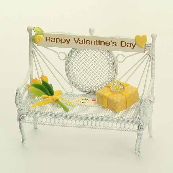 Valentines Bench - Yellow
