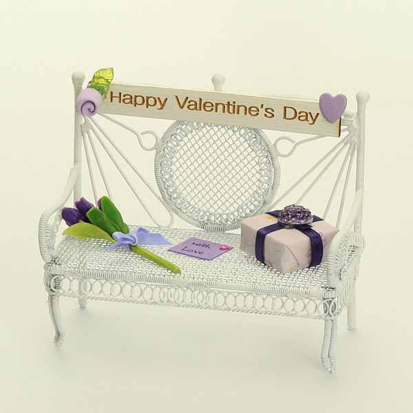 Valentine's Day Benc - Lilac