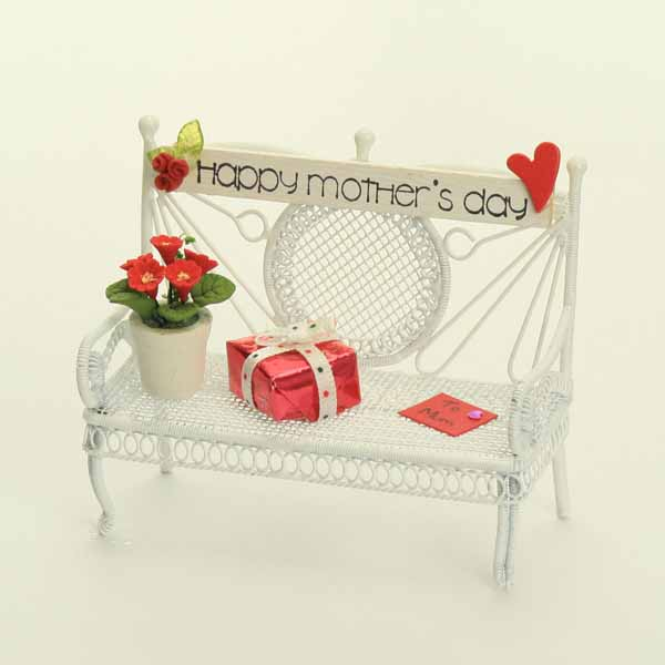 Happy Mother's Day Bench - Red Plant
