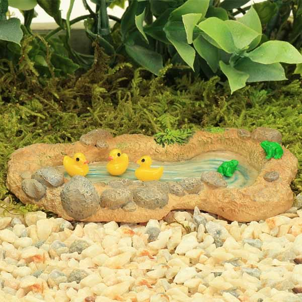 Tiny Ducks & Frogs