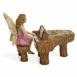 piano playing fairy