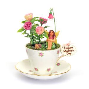 Vintage Pink rosebud Teacup