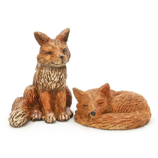 Sitting Fox & Vixen