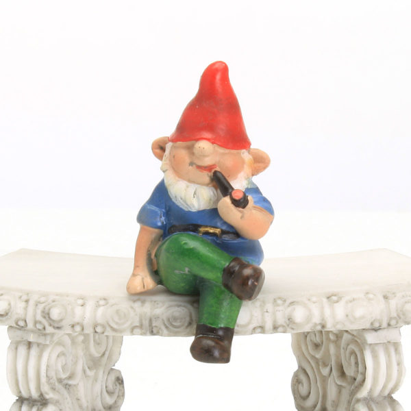 Tiny Sitting Gnome